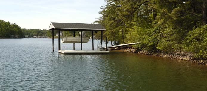 Floating dock at Main House